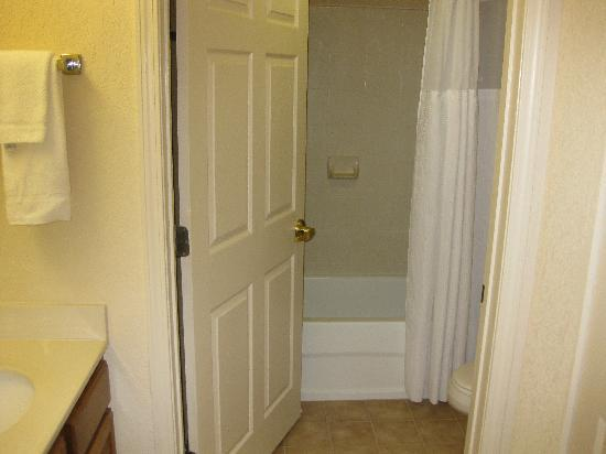 Sonesta ES Suites Parsippany: bathroom