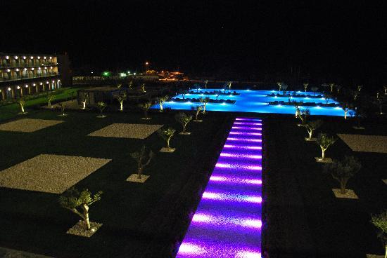 Vila Galé Lagos: swimmin pool by night