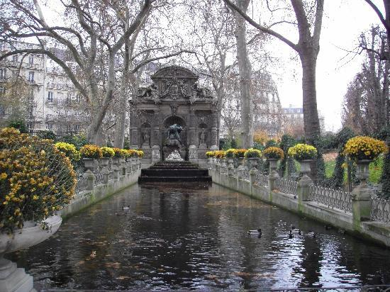 Jardin du luxemburg picture of luxembourg gardens paris for Jardin du luxembourg hours