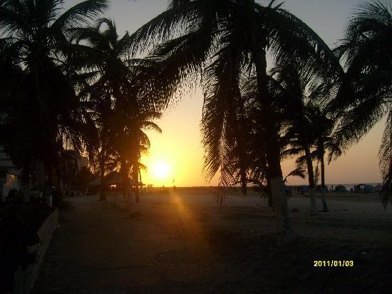Hotel Regatta Cartagena: El atardecer desde la entrada del hotel