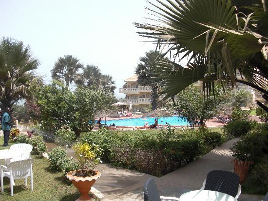 Bijilo Beach Hotel: lovely greeny
