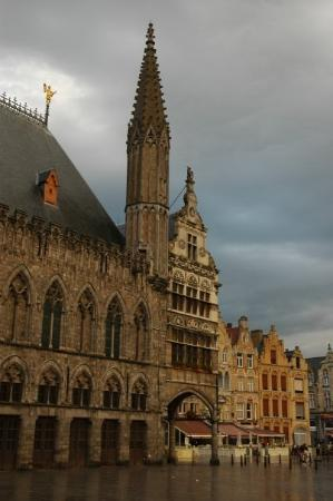 Museo In Flanders Fields: Ypres town centre