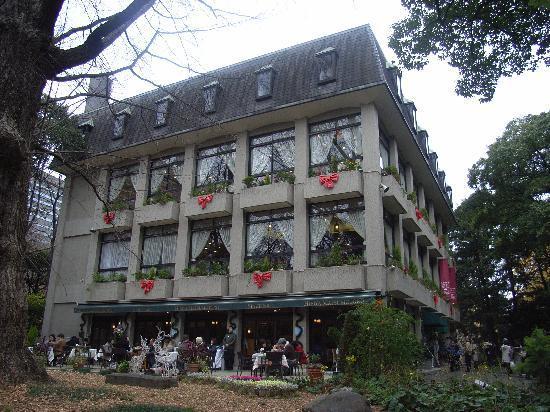 Hibiyakoen, ญี่ปุ่น: 10円カレーで有名な松本楼