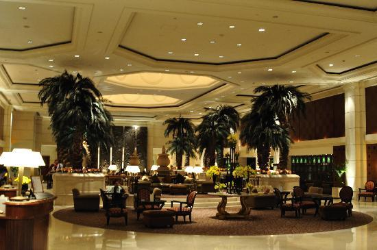 Le Grand Amman Managed By AccorHotels: Their gorgeous lobby