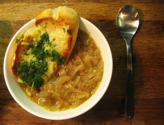 Le Jardin: onion soup