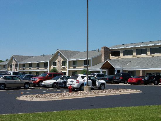 Baymont Inn & Suites Lakeville: AmericInn Lodge & Suites of Lakeville