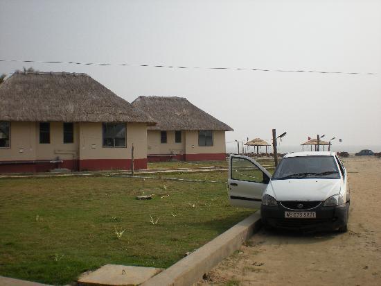Eco Villa Resort: Parking