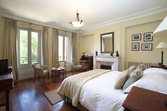 La Villa De Mazamet: Deluxe Bedroom