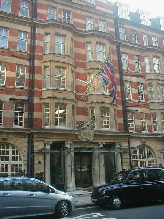 Victory Services Club, London