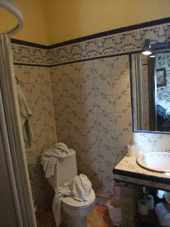 Hotel Restaurante Escobar: baño