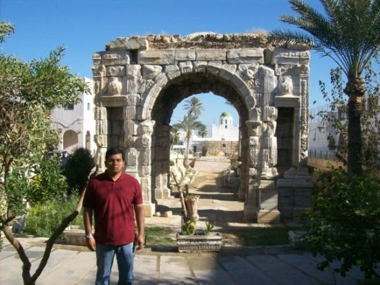 Arco De Marco Aurelio Picture Of The Arch Of Marcus