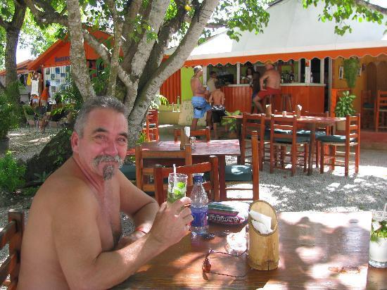 El Cafecito Lonza: Salud !