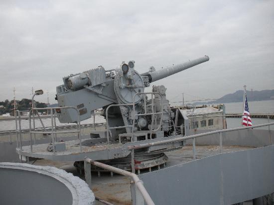 SS Jeremiah O'Brien : Deck gun