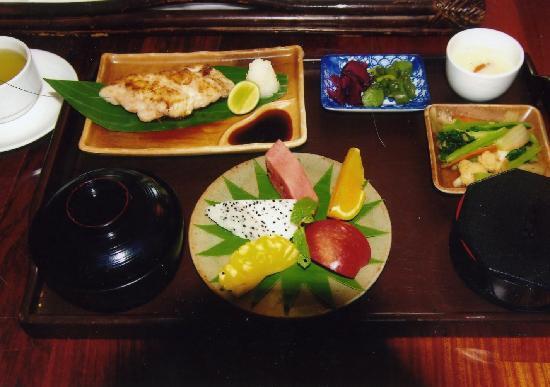 Angkor Palace Resort & Spa: 日本食の朝食
