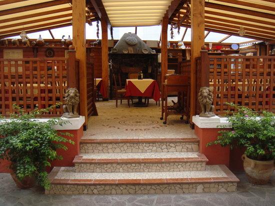 Trattoria Valmarana: entrata giardino