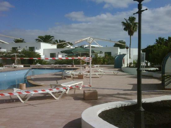 Loma Verde Aparthotel : The pool 2