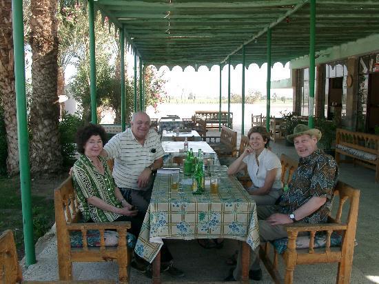 Desert Paradise Lodge: Verdiente Rast im Restaurant Ramasseum