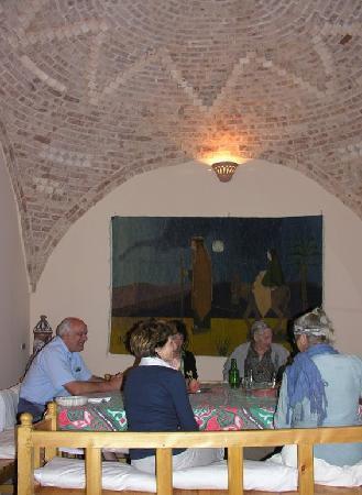 Ein letztes ausgezeichnetes Nachtessen in der Desert Paradise Lodge