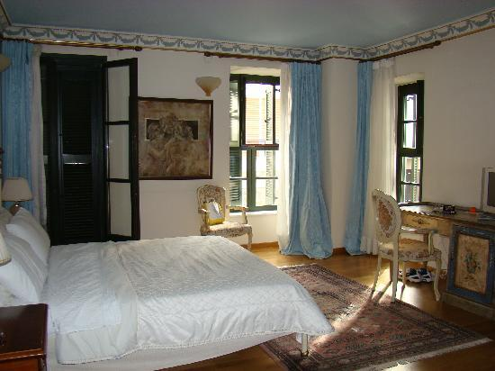 Byzantino Hotel : view of room