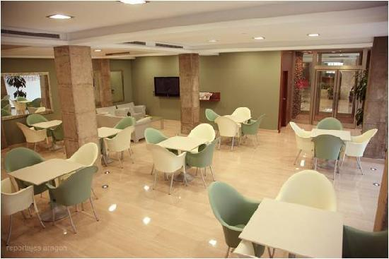 Hotel Cesaraugusta: Cafeteria