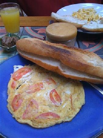 Lotus Villa Boutique Hotel: Breakfast