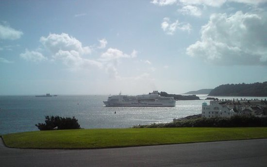 The Pont Aven sailing out to Spain - Plymouth Sound