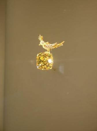 Tiffany & Co. : tiffany diamond!