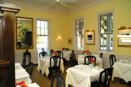The Rhett House Inn : Dining Room
