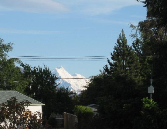 Twizel, Nya Zeeland: the only compensation: the view of Mount Cook from our room
