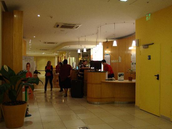 Hotel Ibis Buenos Aires Obelisco: lobby