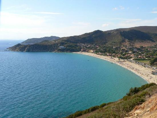 Solanas, Italia: La baia vista dalla torre saracena