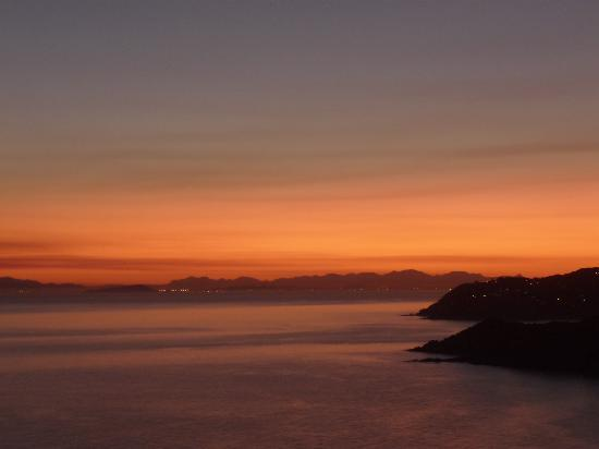 Solanas, Italy: I magnifici tramonti