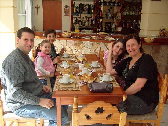 Hotel Gran Lido: mi familia y uo desayunando