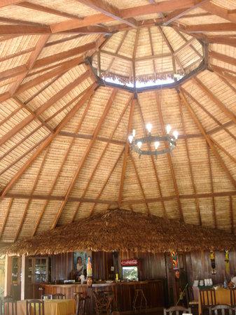Villa Tunari, Bolivia: Bar y Restaurante