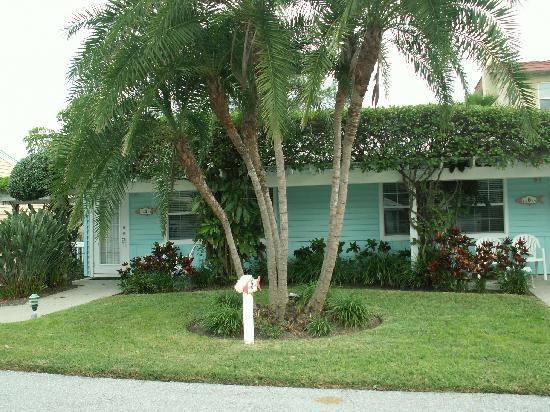 Tradewinds Beach Resort: our little cottage