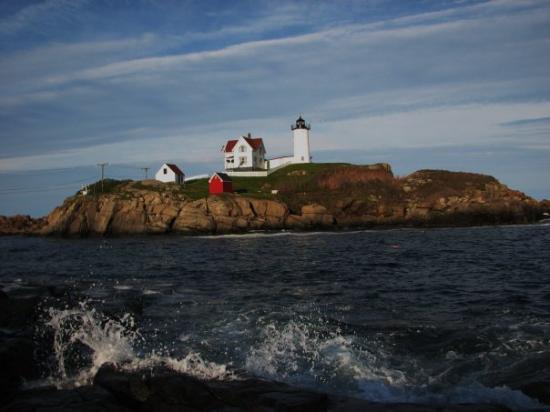 York Beach, ME: Nubble Lighthouse