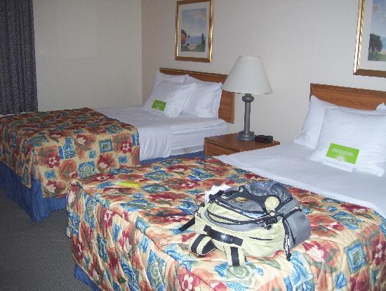La Quinta Inn & Suites Plattsburgh: beds