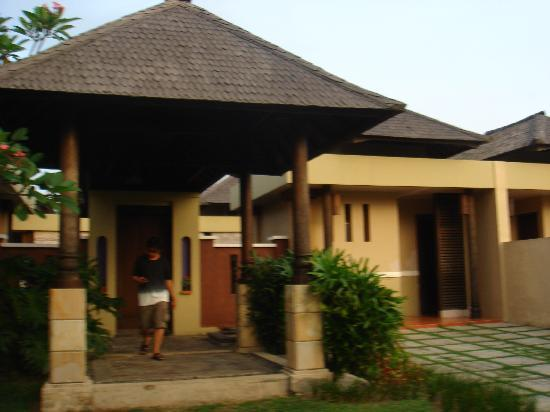 Tanjung Lesung, Indonesia: cottage entrance