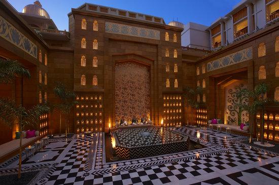 ذا ليلا بالاس أودايبور: Inner Courtyard