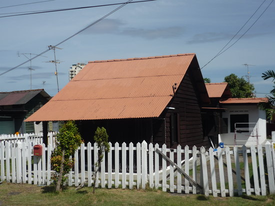 Melaka, Malaysia: the only house that still resembles the original Portuguese houses