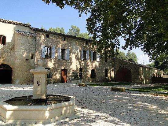 Le Relais du Grand Logis : Old Relay from 16th century