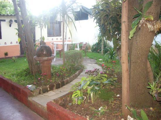 Ganesha Posada : giardino