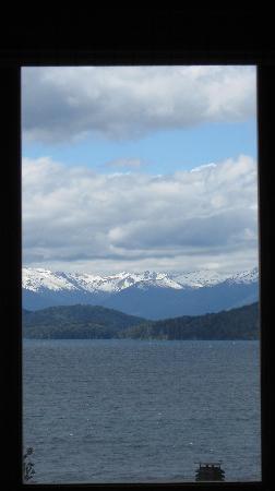 La Sirenuse Lake Resort: Esta vista, de frente sin moverte de la cama, es ESPECTACULAR!!!