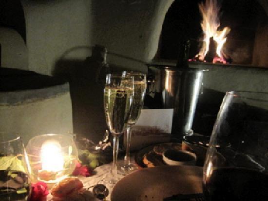 Cavas Wine Lodge: Dinner on our rooftop