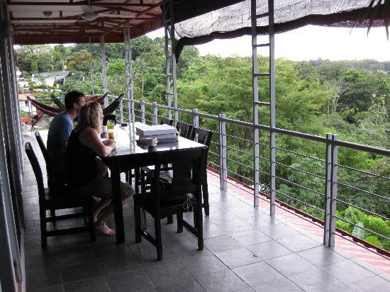 Villa Manuel Antonio: great outdoor eating space