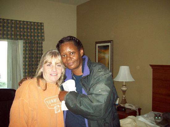 Comfort Inn & Suites: Sue and Debra