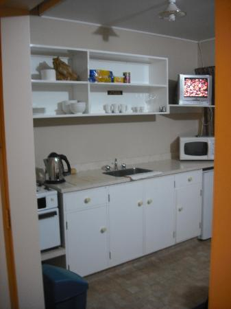 Harcourts Holiday Park : The kitchen