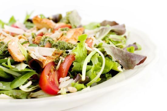 Huffkins: Fresh Salads