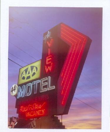 sunrise at the View Motel's iconic sign on Hwy 89A