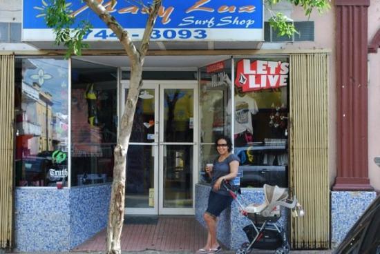 Caguas, Πουέρτο Ρίκο: LOL... now it's a surf shop!